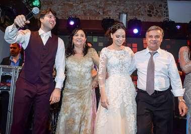 Gabriel Marques, Ana Carreira, Adriana Carreira e Luiz Carreira em fotos de Valterio
