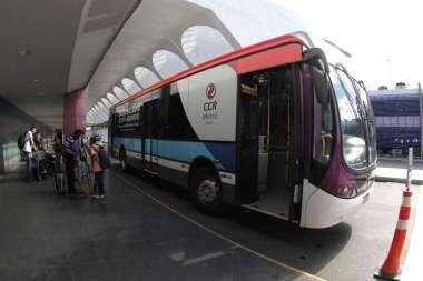 Está chegando a hora de inaugurar a estação aeroporto. Esses ônibus farão a integração