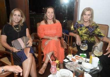 Lúcia Andrade, Márcia Amoedo e Dádija Brito em fotos de Valterio