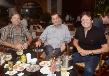 Gustavo Brito, Antonio Carlos da Costa Andrade e Guto Amoedo em fotos de Valterio