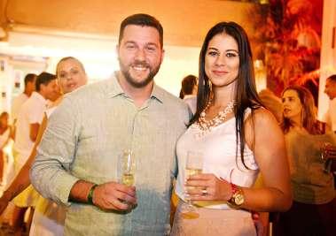 Jésica Zerra e Cyro Freitas no Reveillon do Yacht Clube da Bahia em fotos de Valterio Pacheco