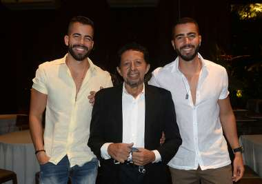 Pipo Marque e Rafa Marque ladeando Valterio Pacheco por ocasião dos 76 anos do mesmo