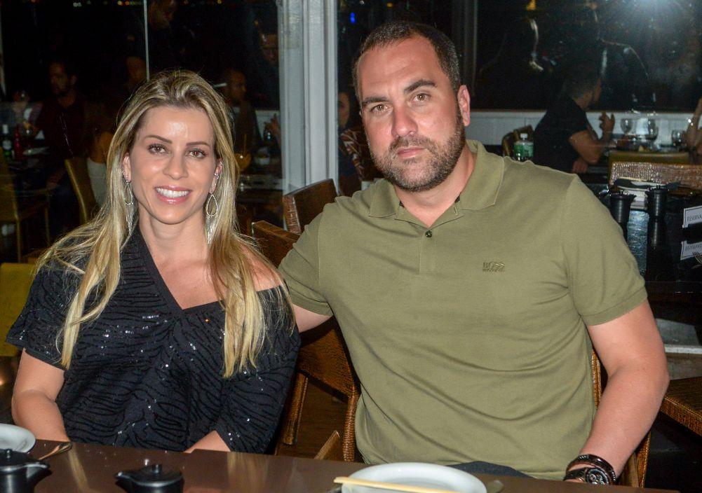 Veja celebridades jantando nos dias 23 e 24 de agosto no restaurante Soho da Bahia Marina em Salvador.Clique...