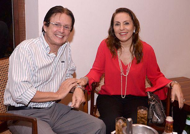 Márcia e Guto Amoedo, Lia e Mário Ferreira jantaram no Amado no sábado dia 05 de agosto