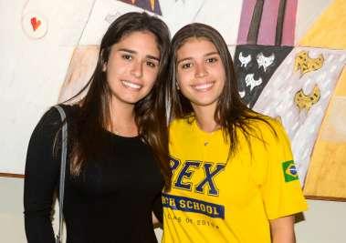 Paula Lemos e sua irmã Fernanda Lemos em fotos de valterio