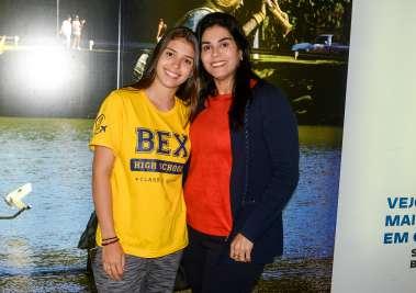 Fernanda Lemos com sua mãe Cristiane Castro em fotos de Valterio