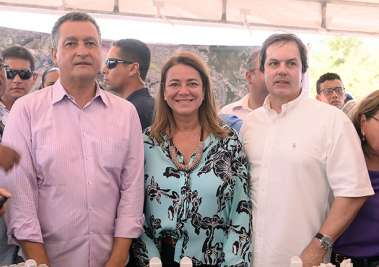 Rui Costa, Deputada  Fabíola Mansur e o Vereador José Trindade na duplicação da Av. Gal Costa em fotos de Valterio