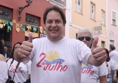Secretário de Turismo José Alves no 2 de Julho em fotos de Valteiro