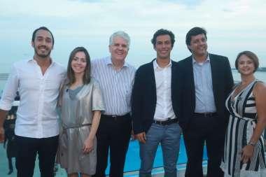 Paulo Dias o diretor do Hotel Pestana, o terceiro da esquerda para direita