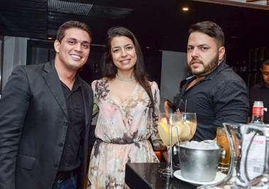 Danilo Silva, Bruna Castro e Fernando Menezes no SOHO em fotos de Valterio Pacheco