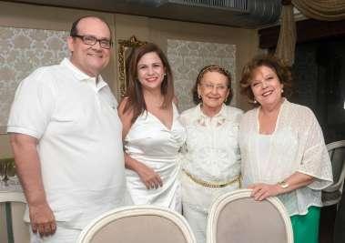 Verônica e Ademar Lemos, Celita Lemos e Janete Freitas em fotos de Valterio
