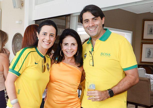 Tina e José Renato Lima organizaram almoço em sua casa para o jogo do Brasil e Suiça
