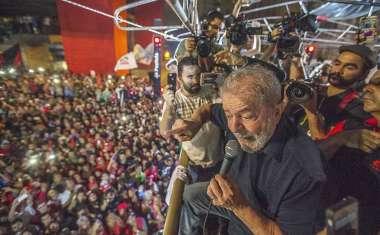 Golpe foi para acabar com a classe trabalhadora, disse Lula em São Paulo