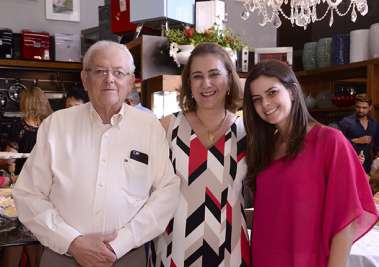 Eduardo Valente, Conceição Valente, e Daniela Valente Sande