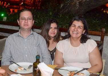 Alex Santana, Luciana Lacerda e Luana Souza no Lafayette em fotos de Valterio Pacheco