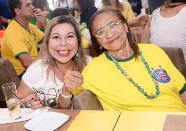 Juju Luz e Lícia Fábio no Lafayette, Brasil 2 Sérvia 0 em fotos de Valterio