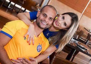 Ana Terra Almeida e Dr. Gabriel Almeida, Dr. em emagrecimento em fotos de Valteiro