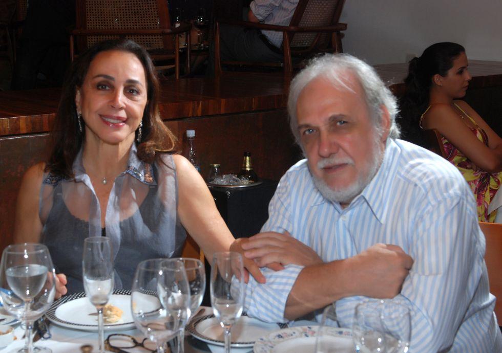 Frances e Giovanni Pisanu cônsul da itália no Amado.