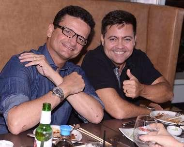 O advogado Marcelo Nogueira Reis e seu concunhado Pedro Dourado da Uranu's 2