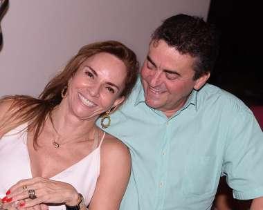 Ângela e Paulo Freitas jantando no Amado