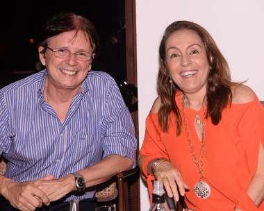Márcia e Guto Amoedo jantando no Amado em fotos de Valterio