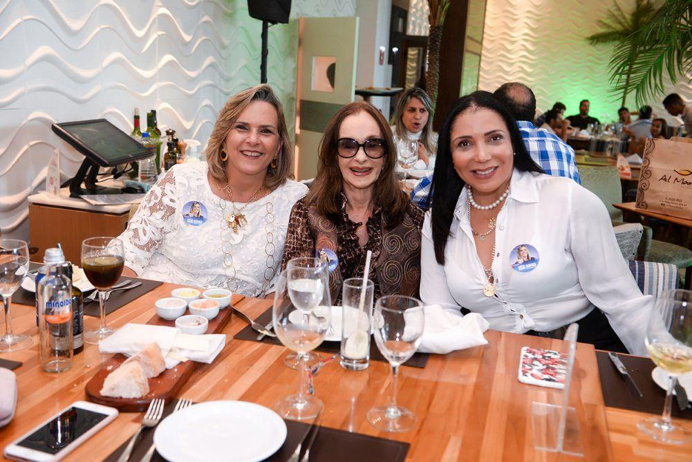 Almoço Elas por Elas no restaurante Almare para Kátia Alves candidata a deputado Federal