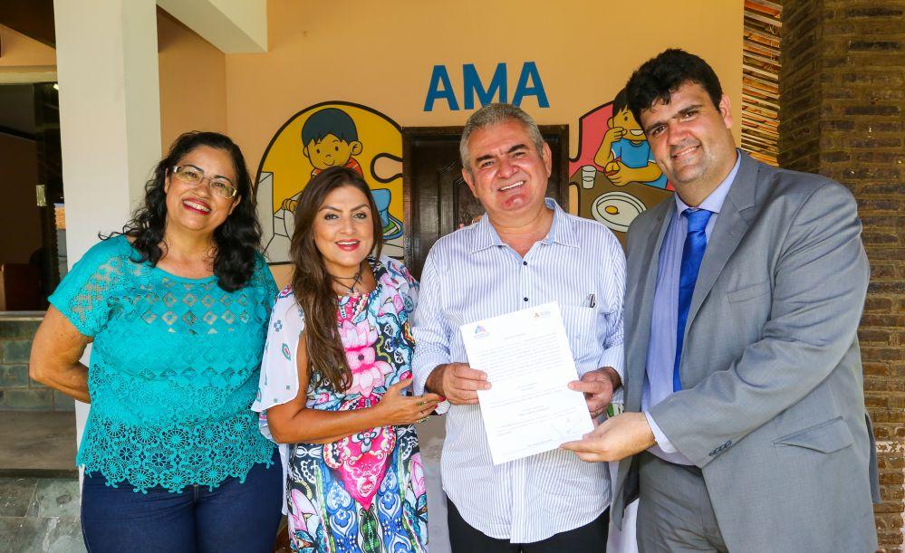 ALBA através do seu presidente, Dep. Ângelo Coronel, firma convênio com a Associação de Amigos do Autista da Bahia