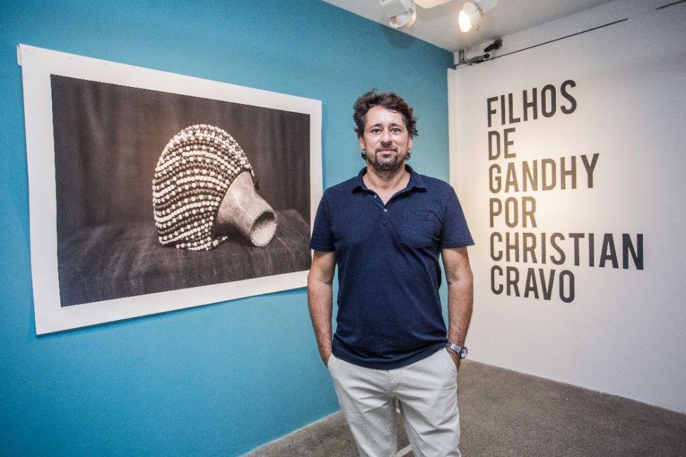 Christian Cravo inaugura exposição em homenagem  ao Afoxé Filhos de Gandhy no Palacete das Artes.Ver mais...