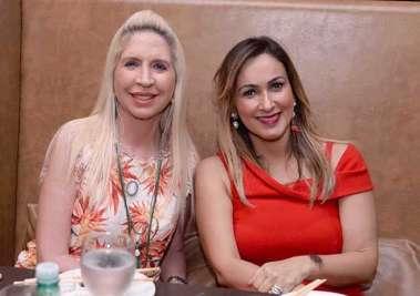 Lia Ferreira  com a joalheira Cláudia Belfort no Soho