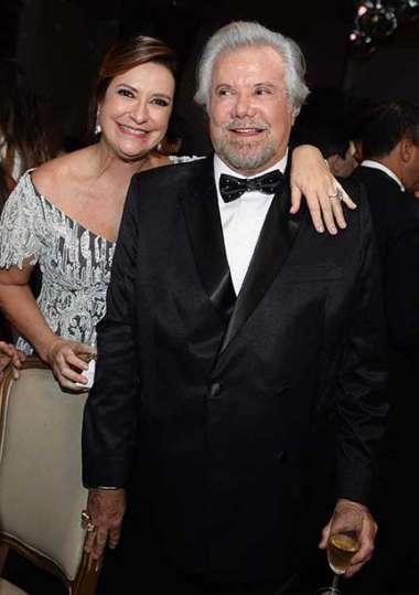 Denise Martinelli e Milton Martinelli em fotos de Valteiro