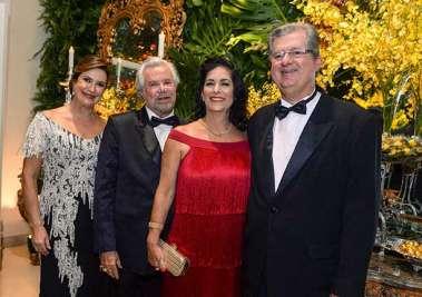 Denise Martinelli, Milton Martinelli, Jaqueline e Juthay Magalhães