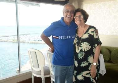 Terezinha e Luiz Nascimento e seus 51 anos de casados, jantando no Chez Bernard
