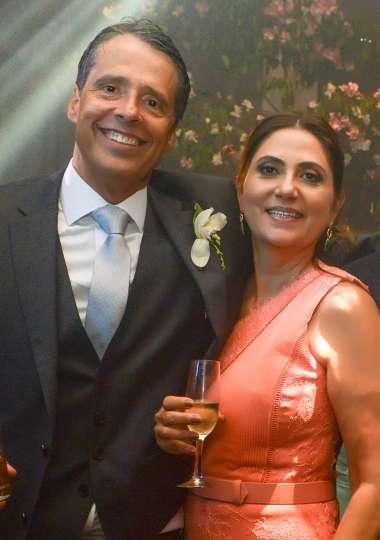 Eugênia e Luiz Cláudio Carvalho em fotos de Valterio