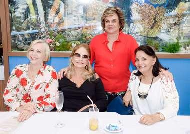 Silvinha Borges, Regina Nogueira Reis, Lígia Spínola e Cátia Quastller a de pé em fotos de Valterio