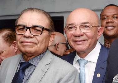 Pastor Israel Alves Ferreira e Pastor Valdomiro Pereira da Silva em fotos de Valterio Pacheco