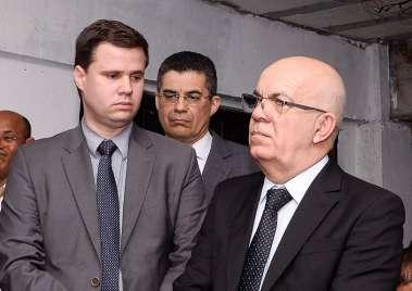 Pastor, advogado Ricardo Góes, com os pastores Mário Jarbas e Cladeson Carlos em fotos de Valterio Pacheco
