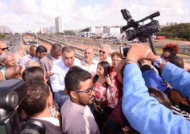 Governador Rui Costa Inaugura mais um viaduto no Paralela quase em frente ao Condomínio Alphaville