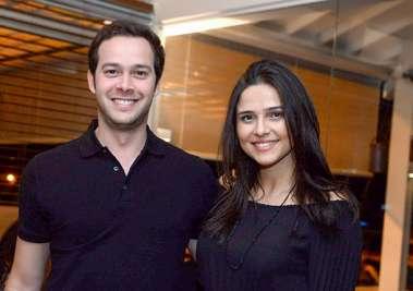 Verônica Almeida e Geraldo Correia o aniversariante em fotos de Valterio Pacheco