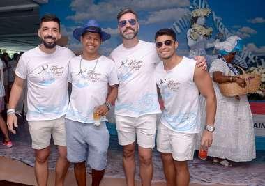 Pessoal de Trancoso Rodrigo Ramos, Jamil Arcebispo, Zé Nildo Silveira e Diogo Carvalho em fotos de Valterio Pacheco