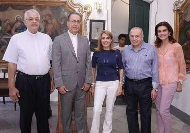 Cristina Calumby, Rosário e ACM, com os padres José Luiz Simões e Padre Abel Pinheiro