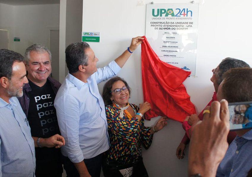 Rui Costa inaugurou hoje e Sr.do Bonfim, UPA, entregou, tratores, abulâncias e autorizou construção da Pliclínica com investimento de 20mi.