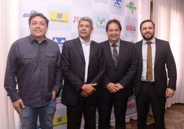 Jerônimo Rodrigues, Eduardo Rodrigues, José Alves, Almir Lins em fotos de Valterio Pacheco