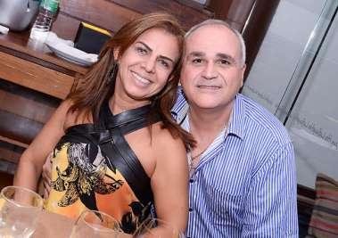 Adelina e o aniversariante Américo Carvalho jantando no Lafayette em fotos de Valterio