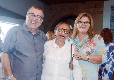 Lícia Fábio entre Veruska e Augusto Corria de BAND em fotos de Valterio Pahceco