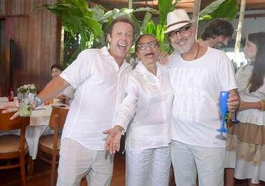 Vik Muniz, Lícia Fábio e André Guanaes em fotos de Valterio Pacheco