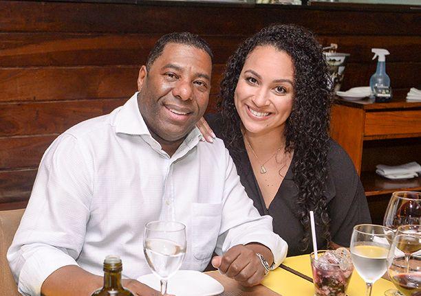 Veja celebridades e socialites jantando sexta-feira dia 27 de junho nos restaurantes Amado, Soho, Das e Lafayette