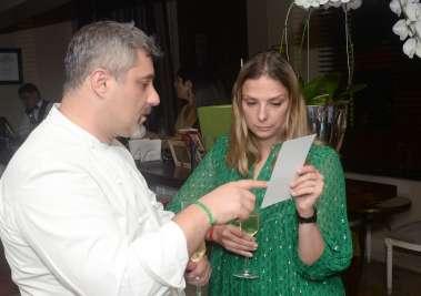 Chef de cozinha do Chez Beranard e Hélène Luzin da França em fotos de Valterio
