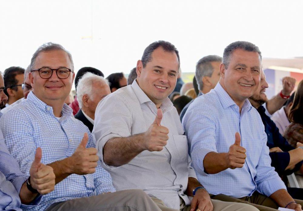 Ao lado do governador Rui Costa, Nelson Leal participa de inauguração da policlínica regional de Vitória da Conquista