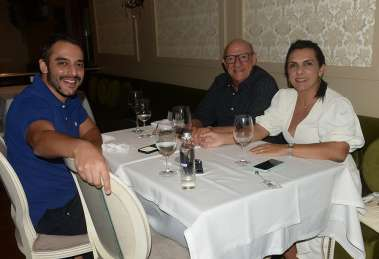Frank com seus pais Valério e Frank Gomes