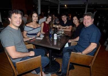 Caio Coelho em família no Soho